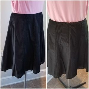New York and Company Black Pleat detail skirt 18